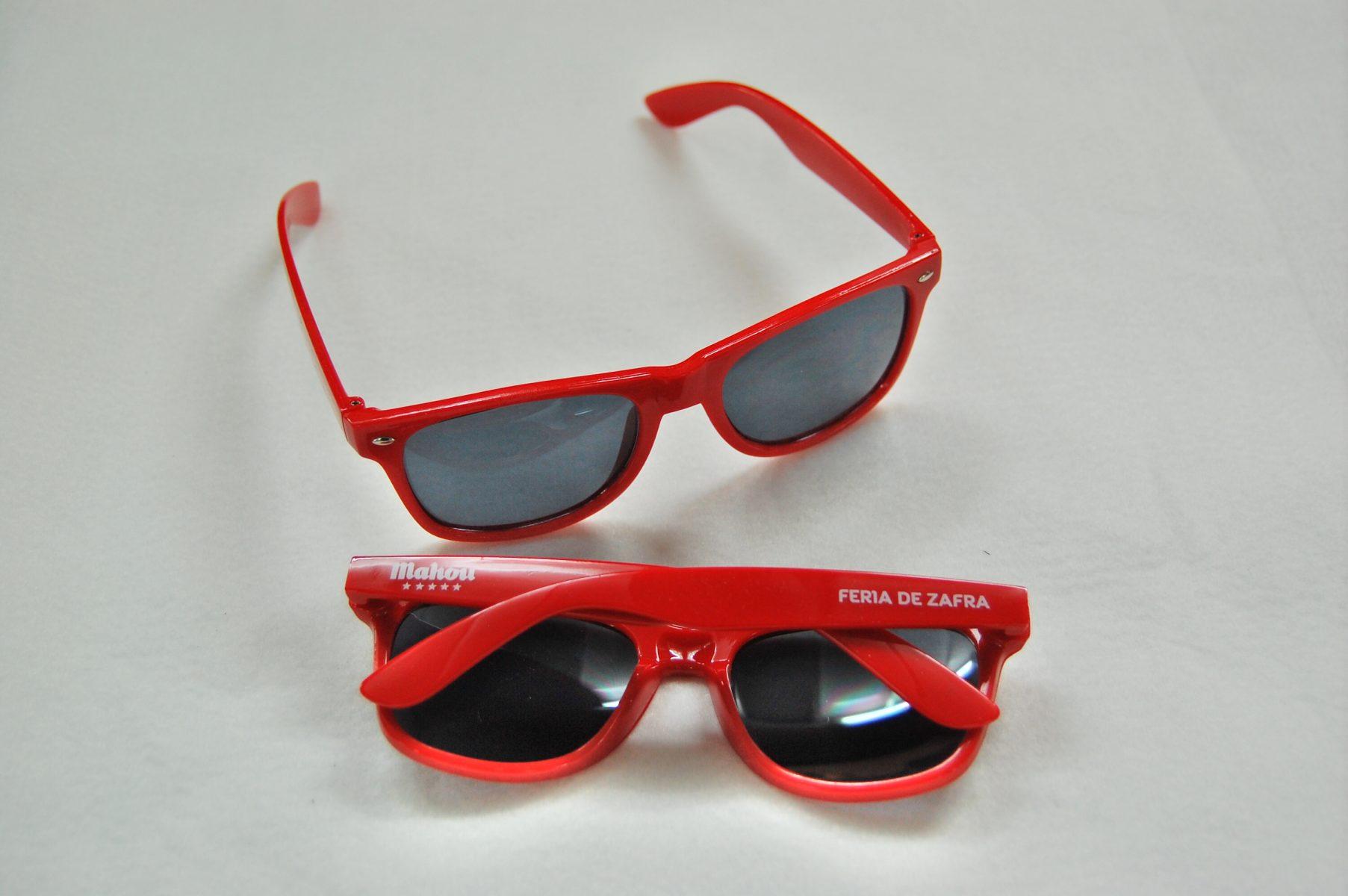 tampografia-gafas-de-sol-mahou-rojas
